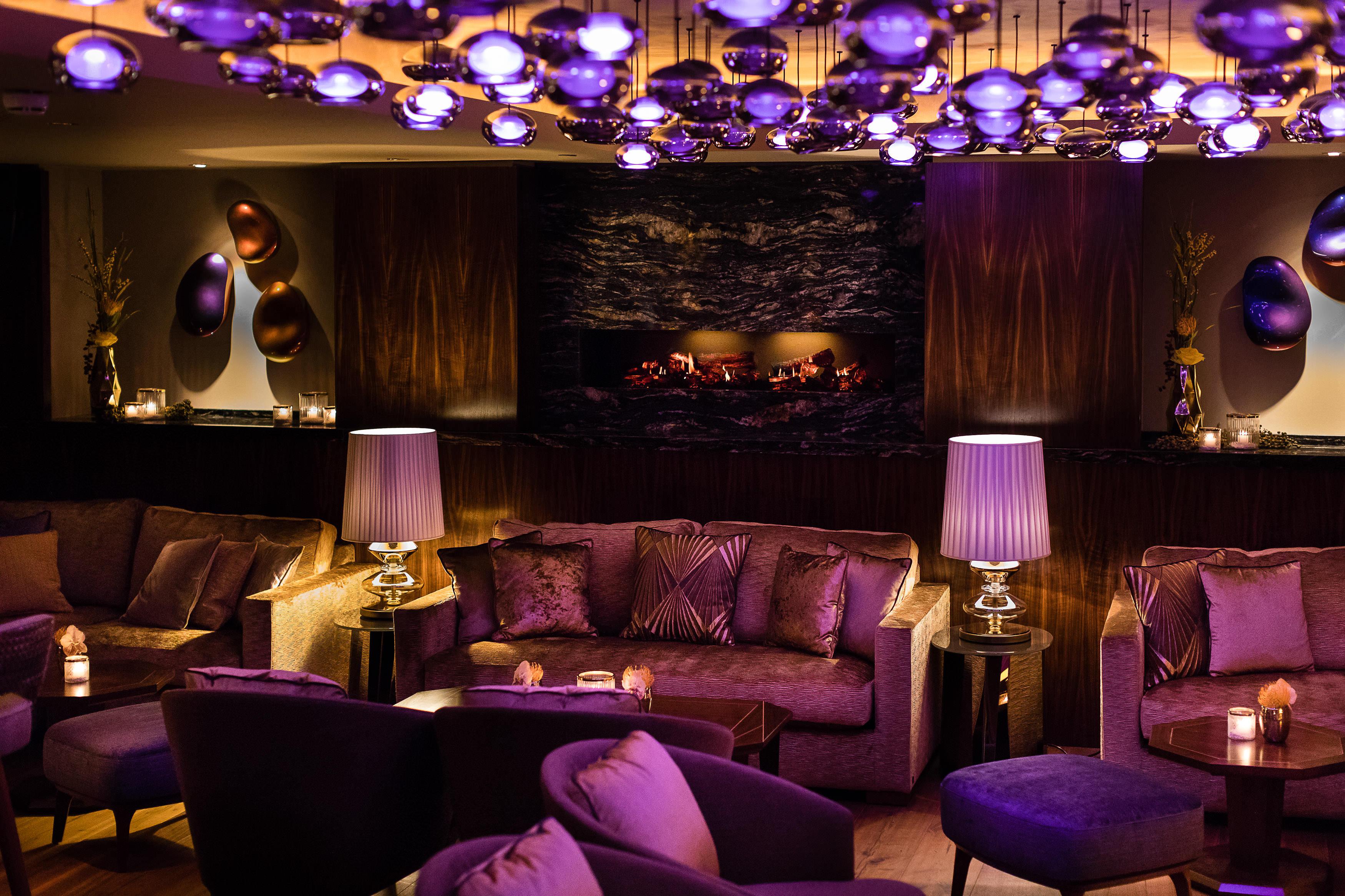 fairmont-hotel-vier-jahreszeiten-hamburg-nikkei-nine-lounge-1-guido-leifhelm
