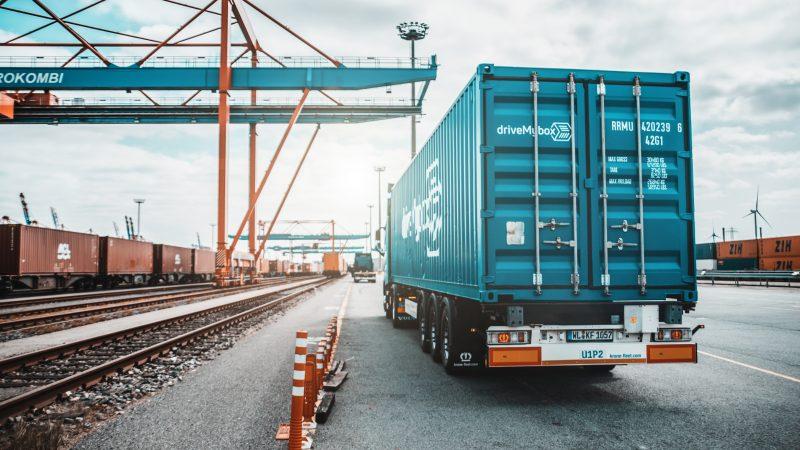Digitale Zukunft mit driveMyBox im LKW – Verkehr
